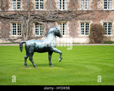 Bronze Horse sculpture by Barry Flanagan in the First Court area, Jesus College, Cambridge. Part of the University - Stock Photo