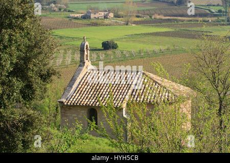 France, PACA, Vaucluse, Luberon, Menerbes, chapel Notre Dame des Graces - Stock Photo