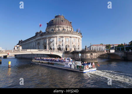 Excursion boat on the Spree at the Bode Museum, Museum Island, Berlin-Mitte, Berlin, Germany - Stock Photo