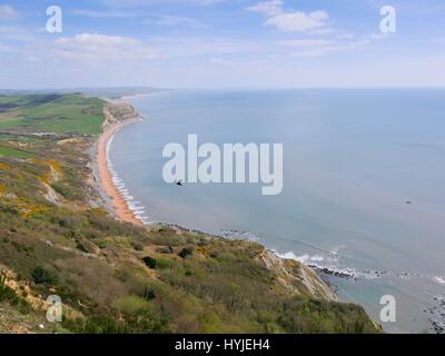 Golden cap, Dorset, UK. 5th Apr, 2017. A warm and sunny spring day with impressive views along the souths Jurassic - Stock Photo