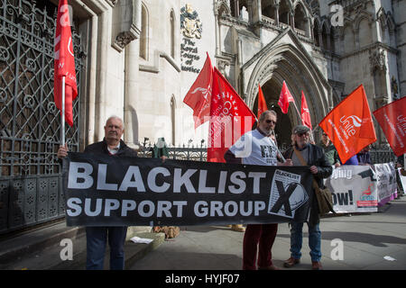 London, UK. 5th Apr, 2017. Representatives of several pressure groups, including the blacklist Support Group and - Stock Photo