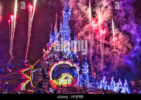 Marne-la-Vallée, France. 4th April, 2017. Disneyland Paris presents its new night show Disney Illuminations which - Stock Photo