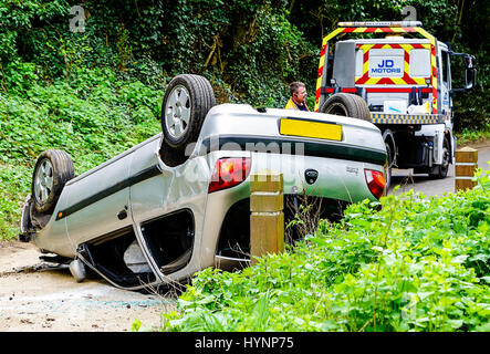 Tuesley Lane, Godalming. 04th April 2017. A serious road traffic accident in Godalming, Surrey. Emergency services - Stock Photo