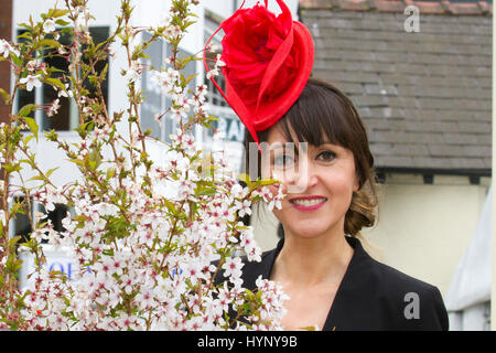 Liverpool, Merseyside, UK. 6th Apr, 2017. Johanne Edwards Millinery at the Aintree Grand National Festival. In light - Stock Photo