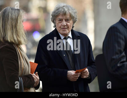 Playwright Tom Stoppard arriving at a Service of Thanksgiving for Lord Snowdon at St Margaret's Church, Westminster - Stock Photo