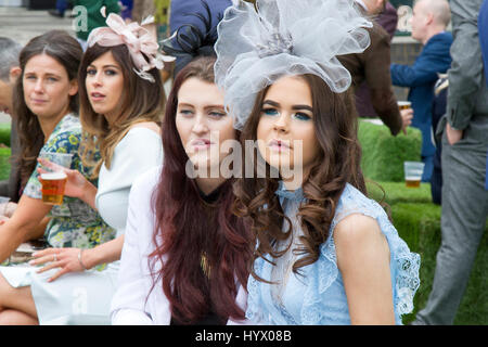 Randox Health Grand National, Liverpool, Merseyside. 7th April 2017. The fashions pour in at the Randox Health Grand - Stock Photo