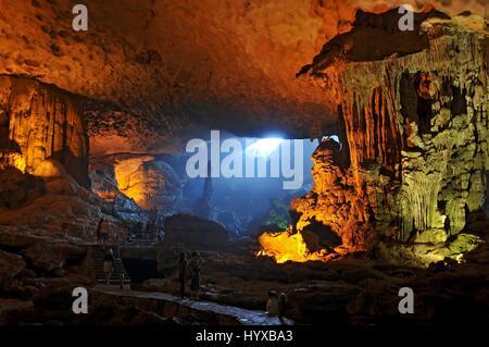 Vietnam, Ha Long Bay, Hang Dau Go, Wooden Stakes Cave, Ha Long Bay - Stock Photo