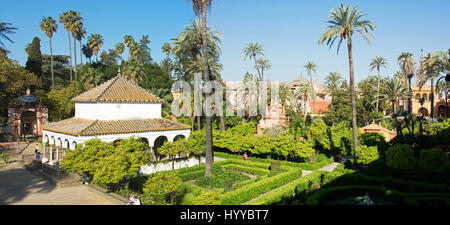 SEVILLE. ANDALUCIA, SPAIN. The gardens of the Real Alcazar in central Seville. - Stock Photo