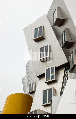 Boston, Massachusetts - June 25, 2006: The Frank Gehry-designed Ray and Maria Stata Center building of Massachusetts Institute of Technology.