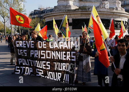 Paris, France. 8th April, 2017. Demonstration of solidarity with political prisoners on hunger strike in Turkey. - Stock Photo