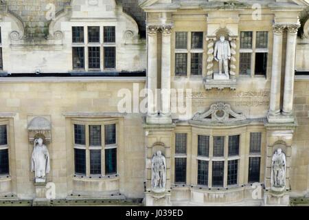 Oriel College Statues - Stock Photo