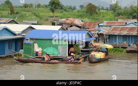 Floating villages of Kampong Chhnang, Cambodia - Stock Photo