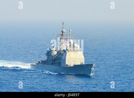 The USN Ticonderoga-class guided-missile cruiser USS Monterey steams underway November 1, 2013 in the Mediterranean - Stock Photo