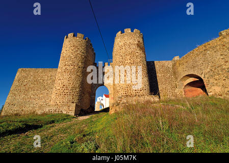 Portugal: Entrance and towers of medieval castle of Evoramonte - Stock Photo