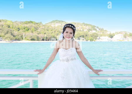 Photos Fashion Wedding Dress of Asian women at Si Chang Island Stock ...