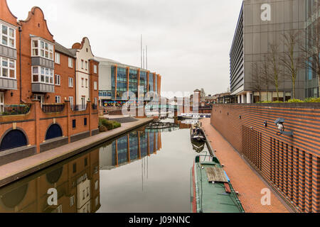 Day View of boat canal in Coventry City Centre. - Stock Photo