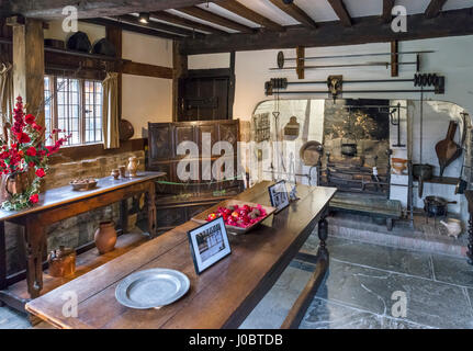 Hall's Croft. Kitchen in the house owned by William Shakespeare's daughter, Susanna Hal and her husband Dr John - Stock Photo