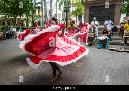 Traditional dancing in Cartagena, Colombia - Stock Photo