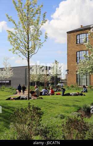Spring on Wharf Road Gardens near Granary Square, at Kings Cross, NC1, London, UK - Stock Photo