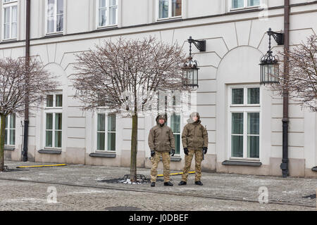 WARSAW, POLAND - JANUARY 16, 2017: National guard in front of the monument of Prince Jozef Poniatowski and the courtyard - Stock Photo