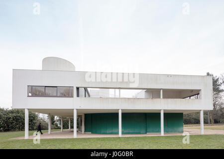 Villa Savoye at Poissy, France, modernist architectural icon of Le Corbusier - Stock Photo