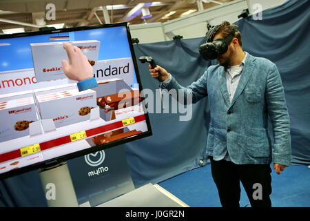 Hanover, Germany. 21th March, 2017. Virtual Reality application - at booth by Mymo Reality (Treffpunkt Idee UG) - Stock Photo