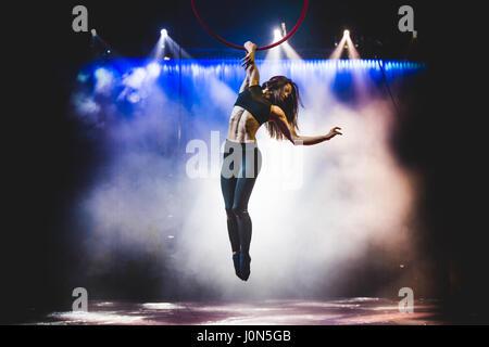 Turin, Italy. 14th Apr, 2017. April 14, 2017: Aleksandra Kiedrowicz performing aerial hoop at the Alis - Le Cirque - Stock Photo