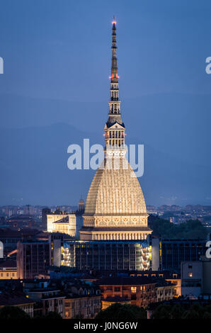 Torino la Mole Antonelliana at twilight in high definition - Stock Photo