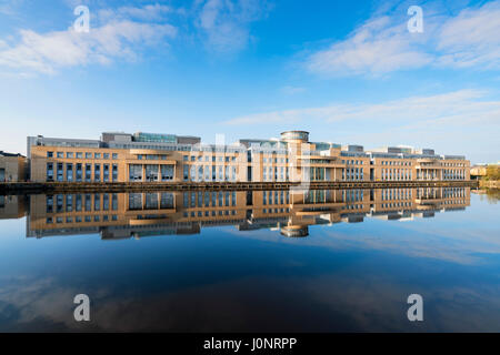 Exterior view of Victoria Quay offices of the Scottish Government in Leith, Edinburgh, Scotland, United Kingdom. - Stock Photo
