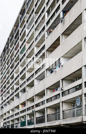 Exterior of Cables Wynd House apartment building , also known as the Banana Flats, in Leith, Edinburgh, Scotland. - Stock Photo