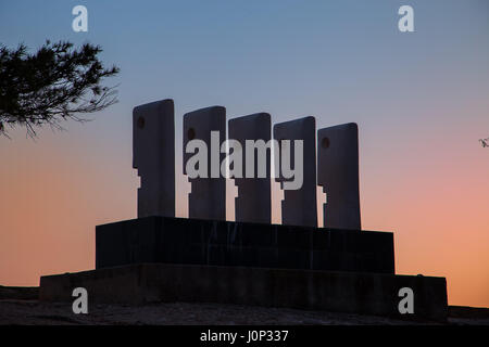 Sculpture on the beach - Stock Photo