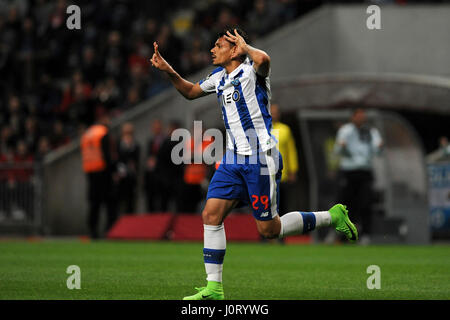 Lisbon, Portugal. 15th Apr, 2017. Porto's Tiquinho Soares celebrates scoring during 2016/2017 Portuguese Liga match - Stock Photo