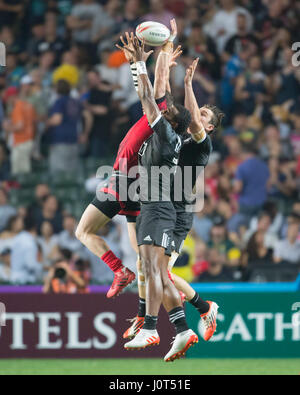 Hong Kong, China. 07th Apr, 2017. Owen Jenkins (Wales, 5) and New Zealand's Joe Ravouvou (front) in action during - Stock Photo