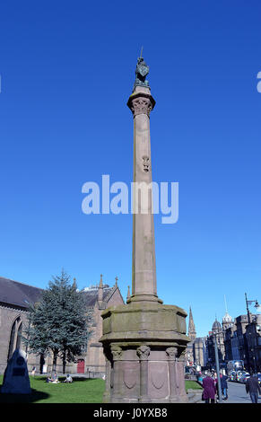 The Mercat Cross (Market Cross) outside the City Churches in Dundee, Scotland, with a unicorn on top. - Stock Photo