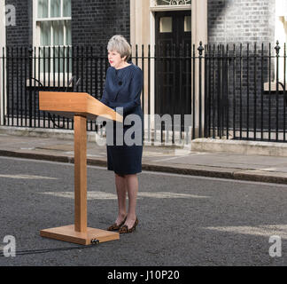 London, UK. 18th Apr, 2017. The Prime Minister, in Downing Street, calls a June General Election Credit: Ian Davidson/Alamy - Stock Photo