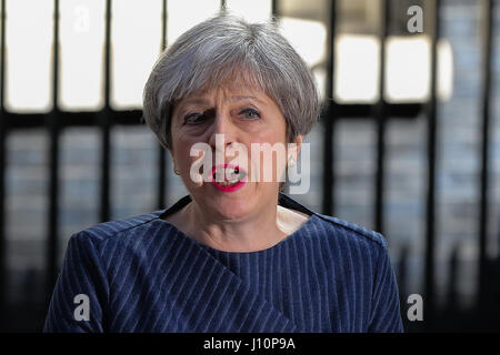 Downing Street. London, UK. 18th Apr, 2017. Prime Minister Theresa May calls a General Election for the United Kingdom, - Stock Photo