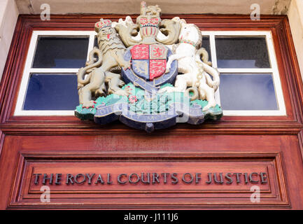 Royal coat of arms above the door of the Royal Courts of Justice, Belfast. - Stock Photo