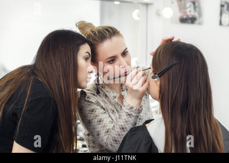 professional makeup student girl to become