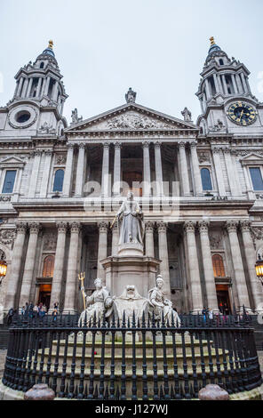 St Paul's Cathedral, London, UK. - Stock Photo