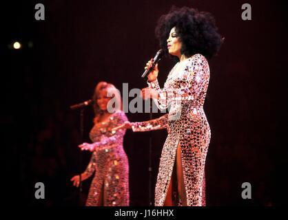 Diana Ross Opening night of the 'Return to Love' tour Spectrum, Philadelphia, Pa. June 14, 2000 © mpi09 / MediaPunch - Stock Photo