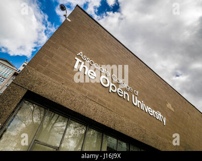 Associate College of the Open University sign on Hull School of Art and Design building. - Stock Photo
