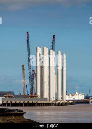 Siemens Blade Factory, Alexandra Dock, Hull, UK. - Stock Photo