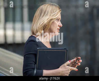 Downing Street, London, UK. 18th Apr, 2017. Cabinet Ministers arrive for the first Tuesday morning cabinet meeting - Stock Photo