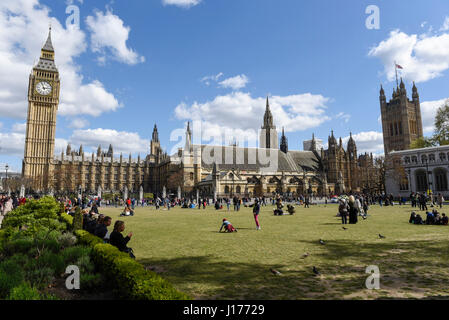 London, UK.  18 April 2017.  The Palace of Westminster and Houses of Parliament are seen on the day when Theresa - Stock Photo
