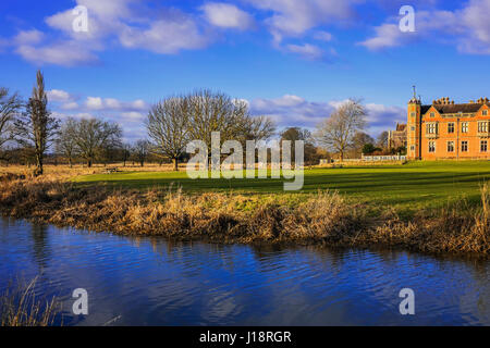 Stately home . River - Stock Photo