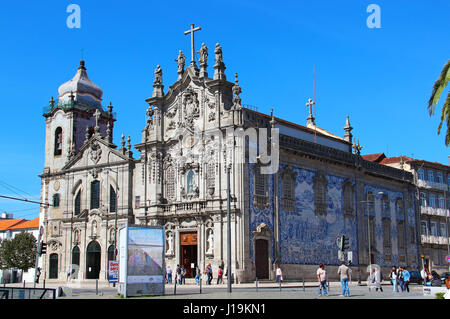 PORTO, PORTUGAL - OCTOBER 8, 2015: Carmelitas and Carmo Churches connected with each other and decorated with blue - Stock Photo