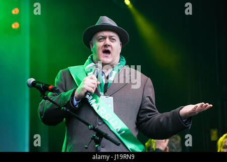 Hundreds of people attend St Patrick's Day celebrations in Trafalgar Square.  Featuring: Dara O'Briain Where: London, - Stock Photo