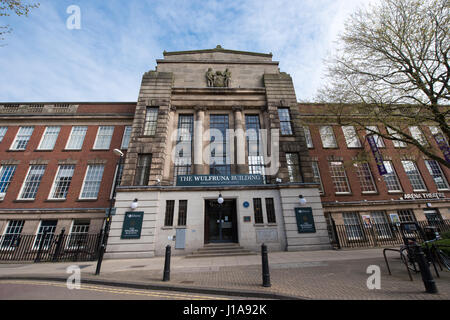 Street view of the front of the distinctive 1930s University of Wolverhampton's Grade II listed Wulfrun Building - Stock Photo