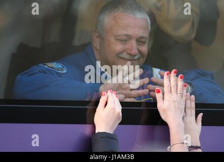 Baikonur, Kazakhstan. 20th Apr, 2017. ISS Expedition 51/52 crew members Russian cosmonaut Fyodor Yurchikhin (Roscosmos) - Stock Photo