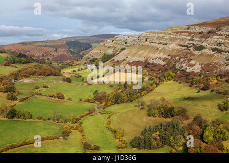 Limestone cliffs of the Eglwyseg escarpment on the west side of Ruabon Mountain viewed from Castell Dinas Bran near - Stock Photo